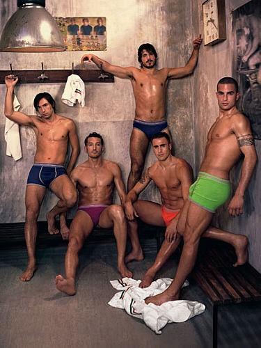 Голые футболисты фото